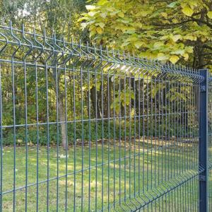 Clôture rigide : Avantages et inconvénients d'une clôture rigide